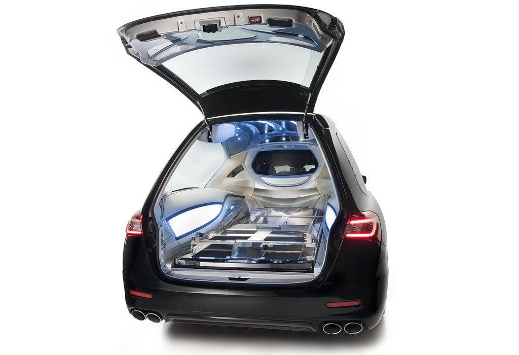 Vekal hearse of mechanical Maserati