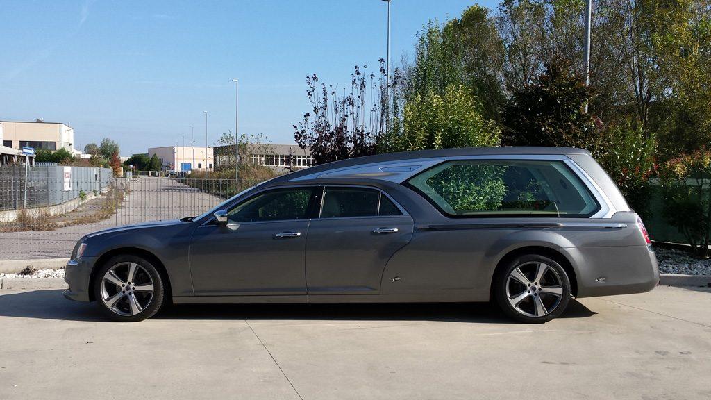 hearse Revon of mechanical Lancia Chrysler 05
