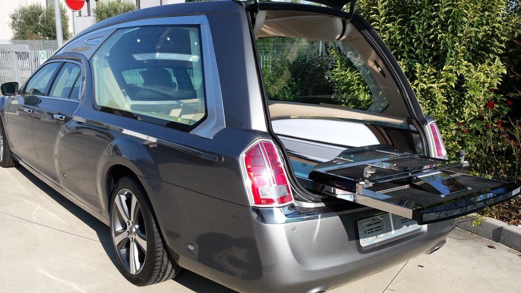 hearse Revon of mechanical Lancia Chrysler 08