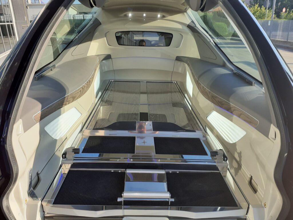 hearse on mechanical Mercedes-Benz CLS Coupè