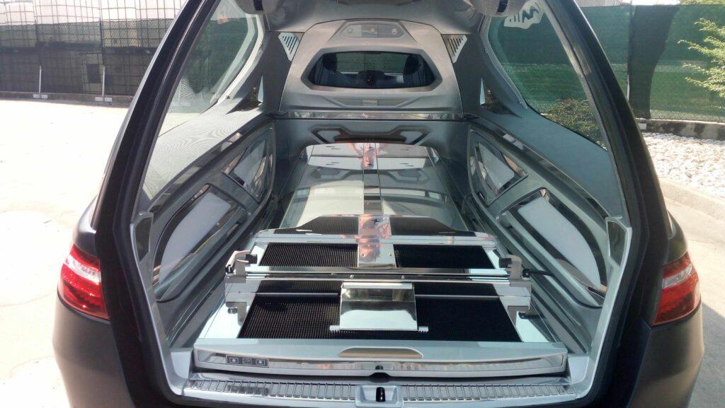 Compact hearse meccanical Mercedes Benz E Class