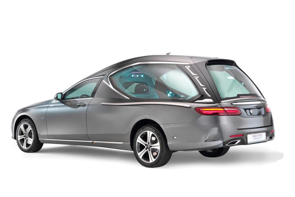 Compact_hearse_meccanical_Mercedes_Benz_E_Class_04